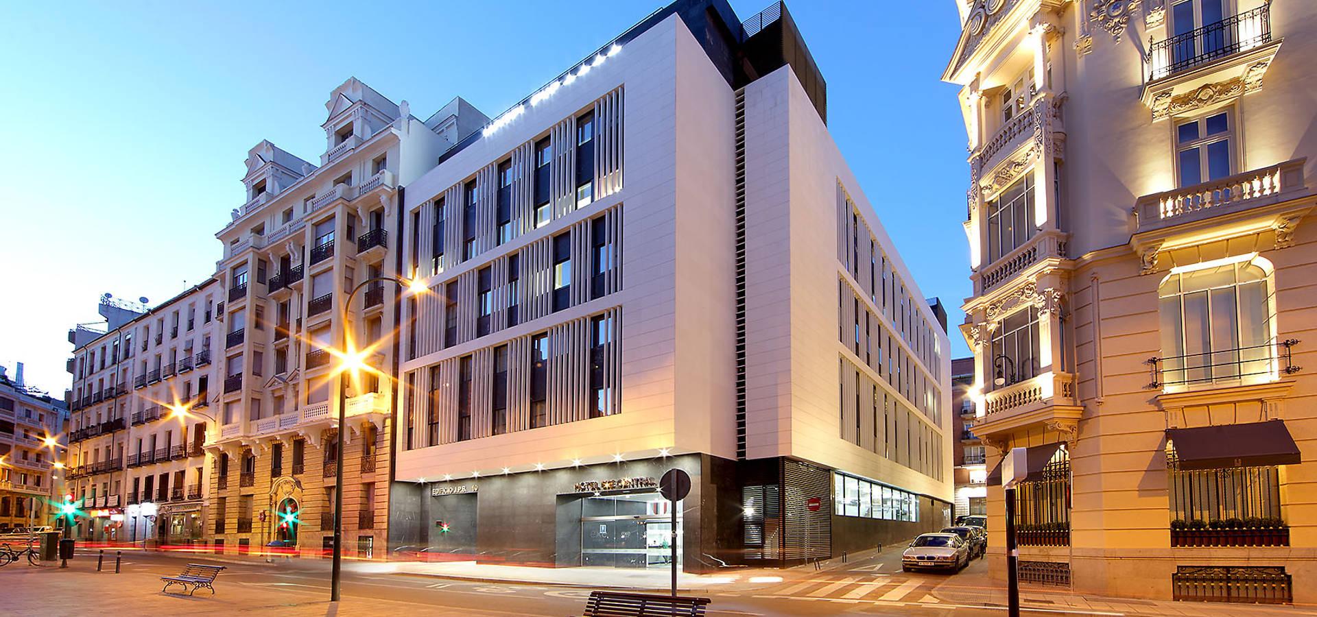 Hotel exe central madrid por laboratorio de arquitectura - Hotel exe central ...