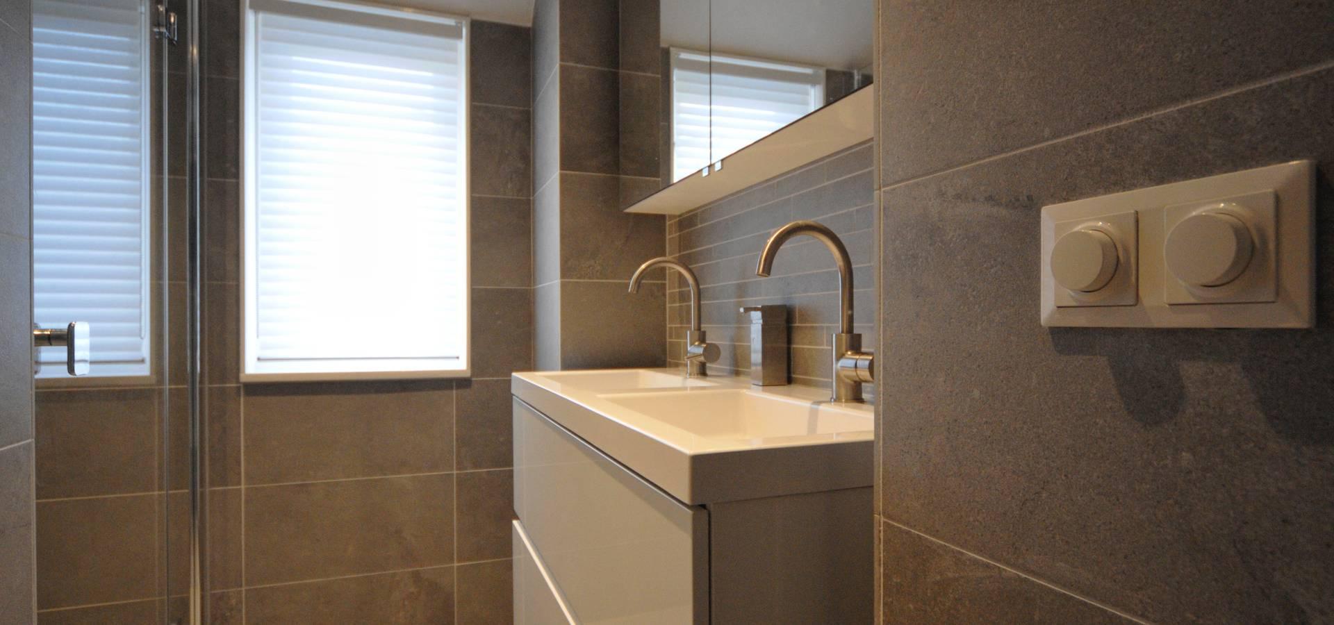 Stijlvolle kleine badkamer in Amsterdam von AGZ badkamers en ...