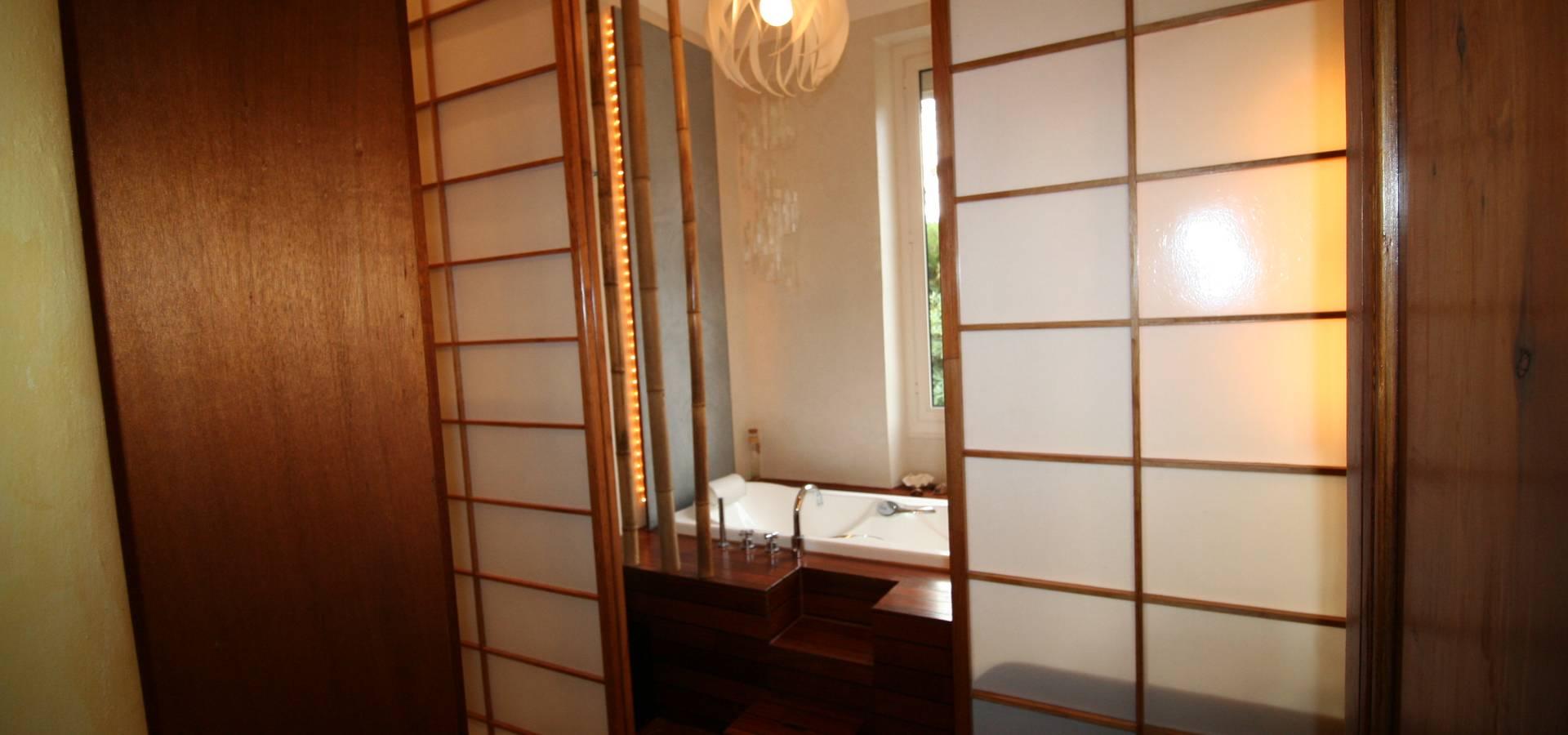 Salle De Bain De Luxe En Pierre ~ salle de bain avec vue sur la verdure by lm interieur design homify