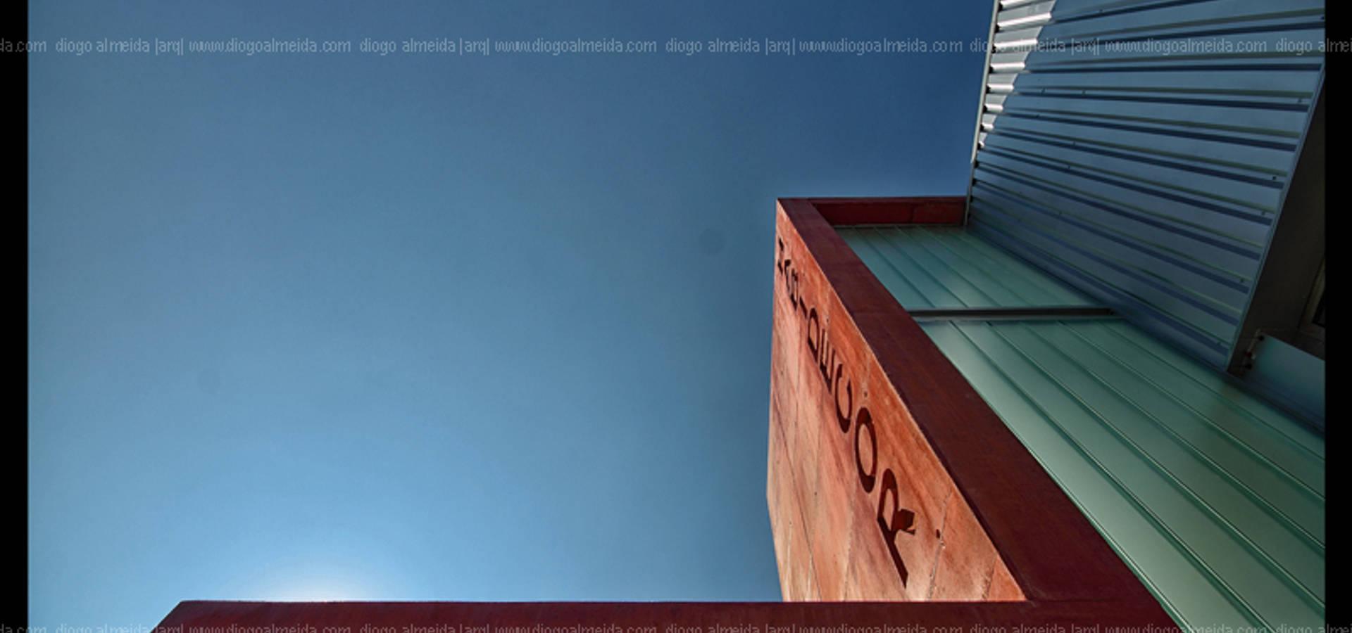 Diogo Almeida – Arquitecto