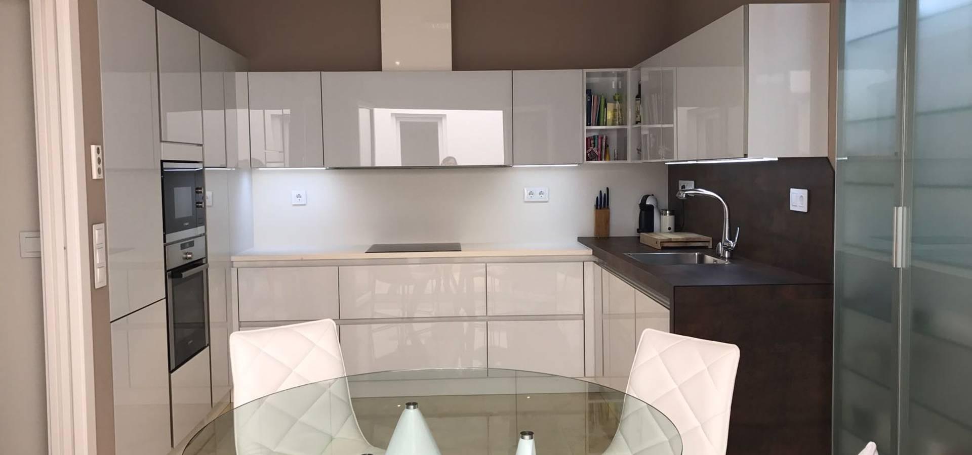 Glass white de dise o cocina homify - Cocinas de diseno en sevilla ...