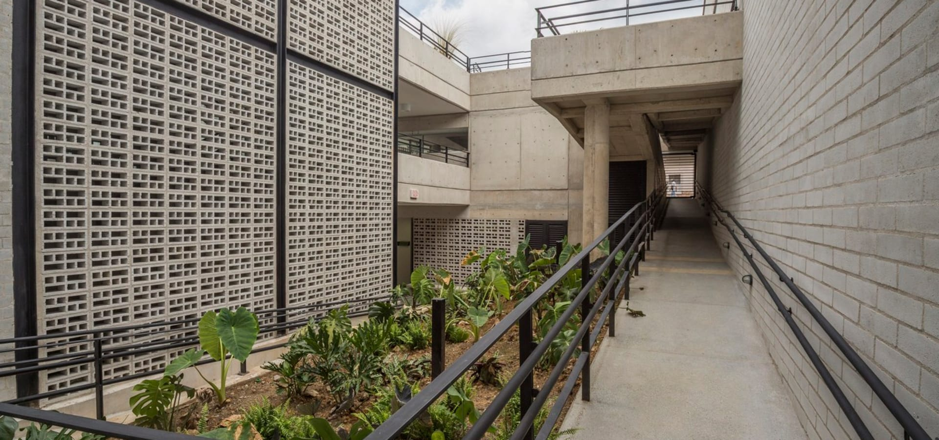 Veronica Henriques—Arquitectura Sostenible