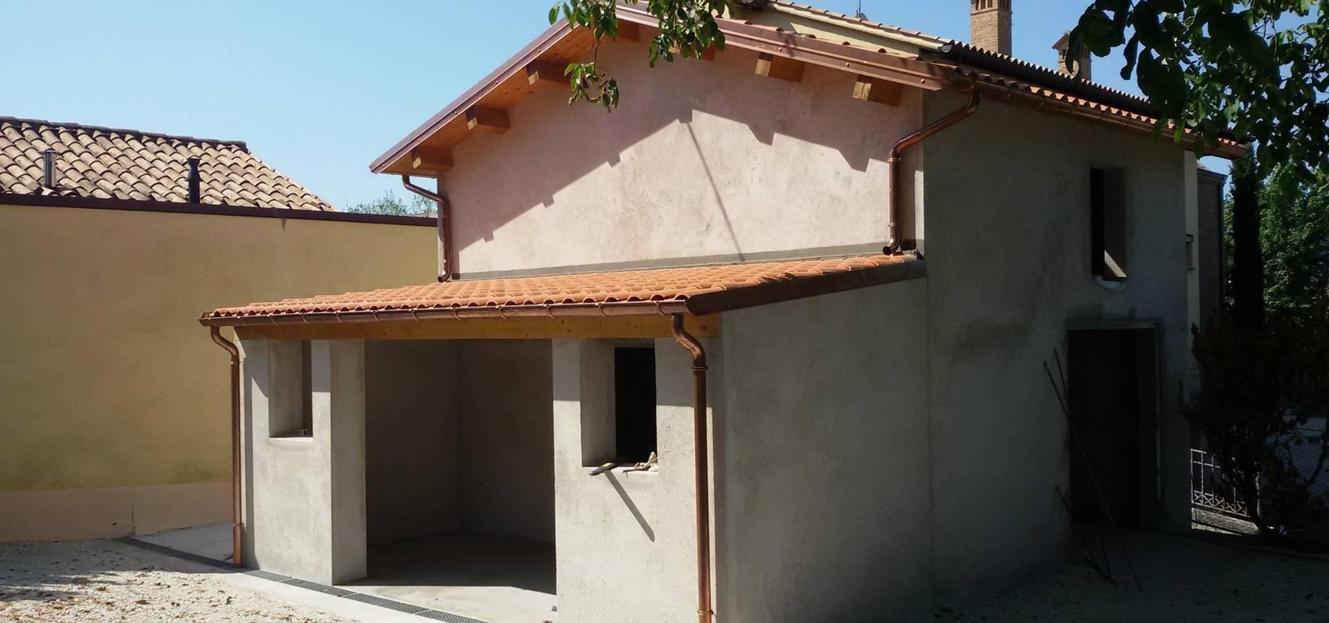 Ristrutturazione completa dell edificio, rifacimento del tetto e ...