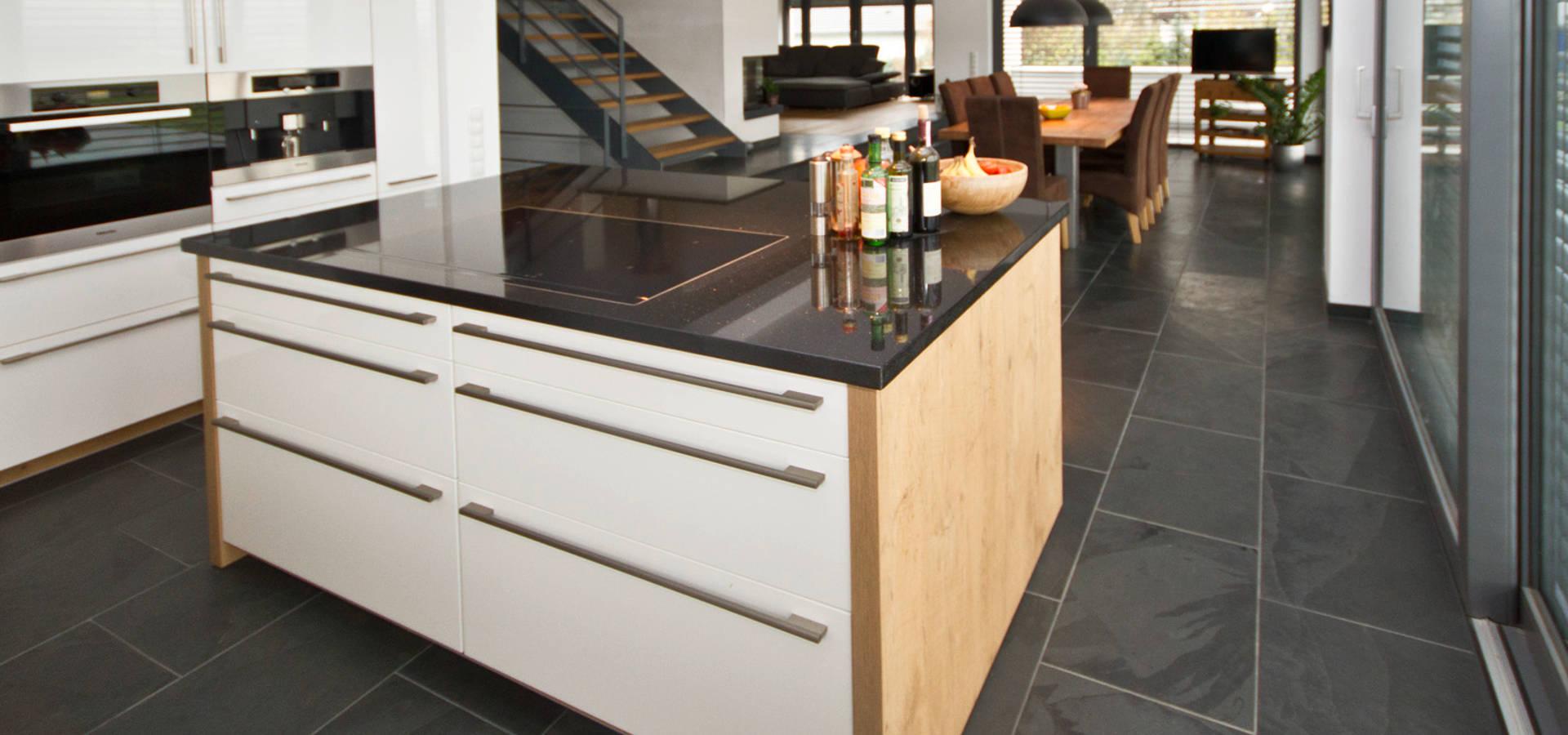 küche mit naturstein küchenarbeitsplatte par rossittis gmbh | homify