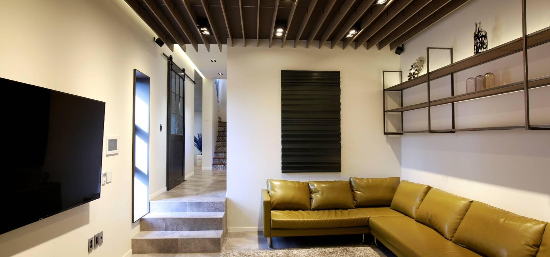 Douglas Minkkinen by Modena Design