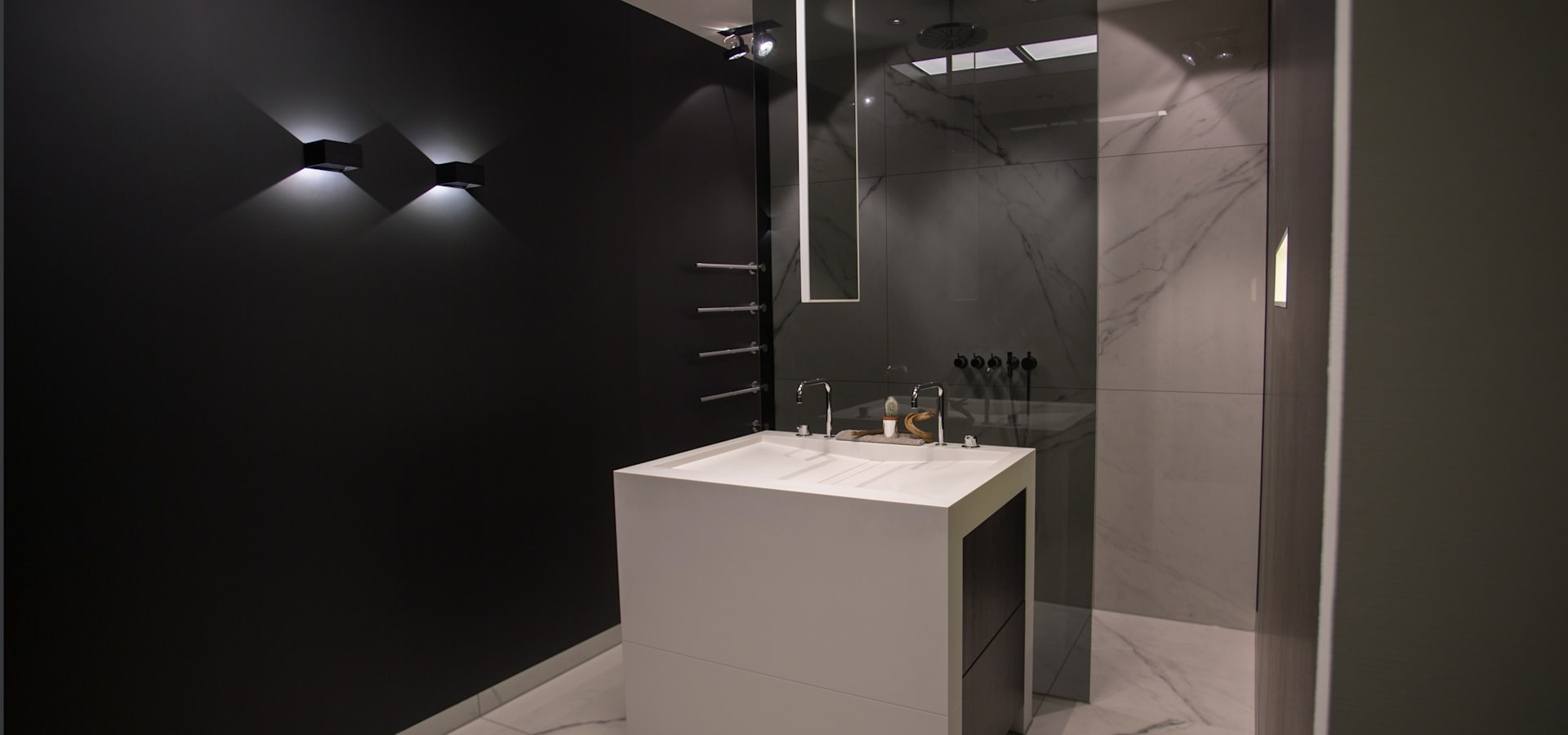 De eerste kamer badkamerspeciaalzaak in barneveld homify - Kleur kamer volwassen foto ...