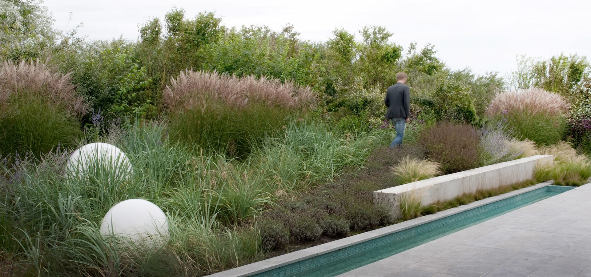Andredw van Egmond  |  designing garden and landscape