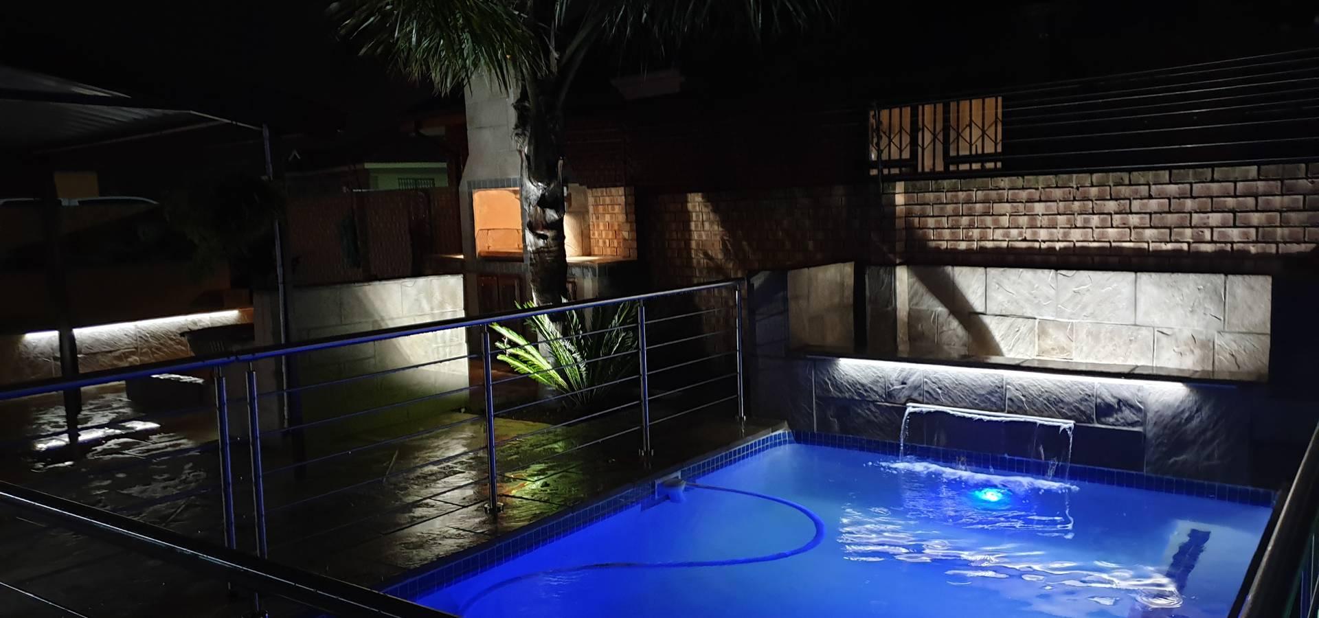 H2O Swimming Pools