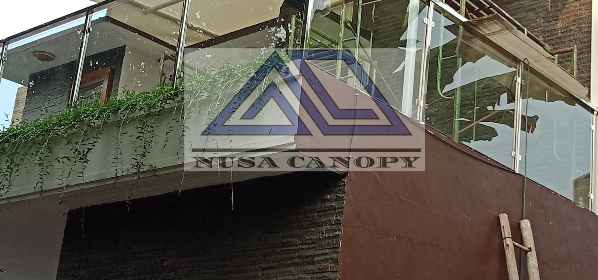 NUSA CANOPY