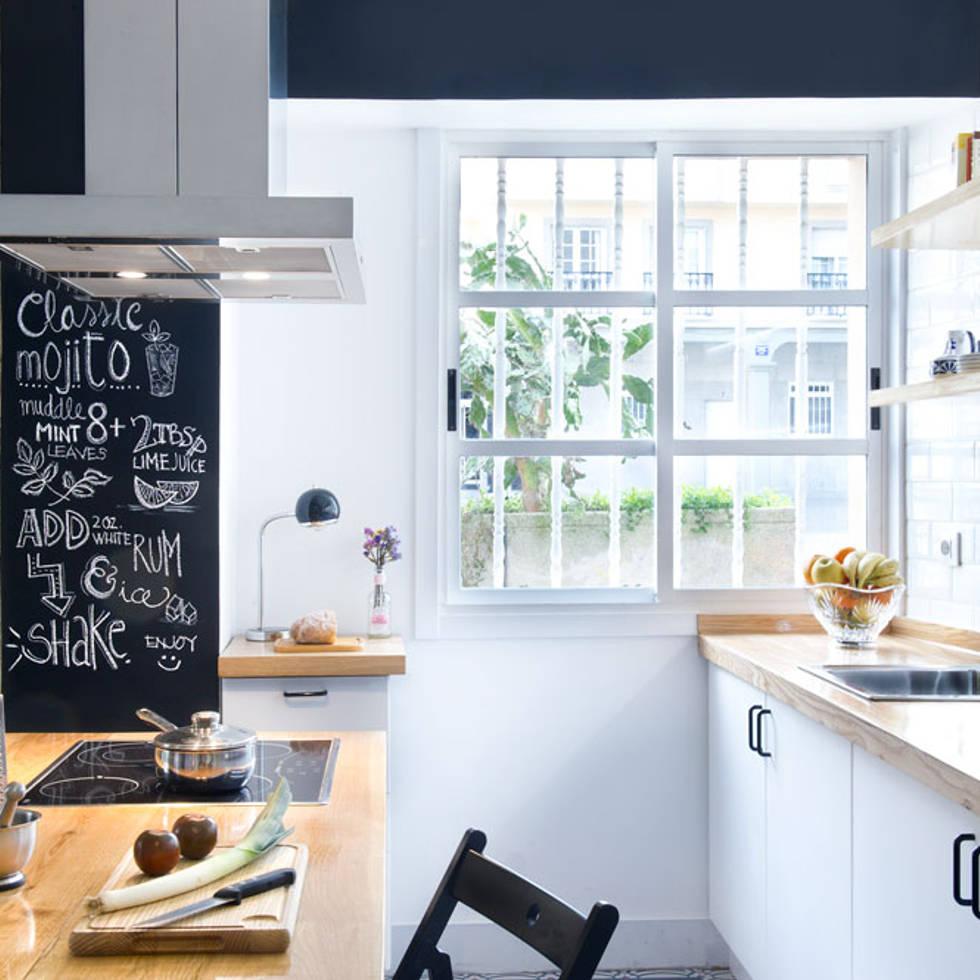 A Coruña for rent!: Cocinas de estilo moderno de Egue y Seta