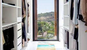 08023 Architects의 translation missing: kr.style.드레싱-룸.mediterranean 드레싱 룸