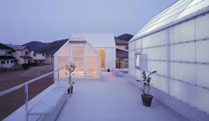 山崎町の住居: 島田陽建築設計事務所/Tato Architectsが手掛けたtranslation missing: jp.style.バルコニー-テラス.eclecticバルコニー&テラスです。