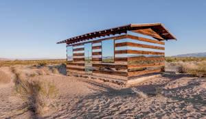 Casas de estilo ecléctico por royale projects : contemporary art