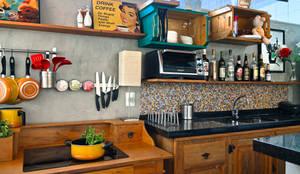 Bar Gourmet: Cozinhas modernas por Estúdio 102