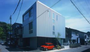 外観(北西): 原 空間工作所 HARA Urban Space Factoryが手掛けたtranslation missing: jp.style.家.modern家です。