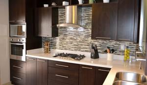 Cozinhas modernas por Toren Cocinas