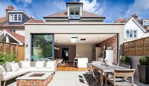 Terrasse de style translation missing: fr.style.terrasse.moderne par Concept Eight Architects