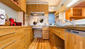 modern Kitchen by shu建築設計事務所