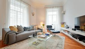 modern Living room by LAVRADIO DESIGN