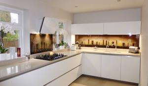 moderne Küche von Morpheus Glass