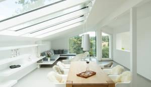Salas de estar modernas por Karl Kaffenberger Architektur | Einrichtung