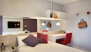 Chambre de style de style Moderne par Isabela Lavenère Arquitetura