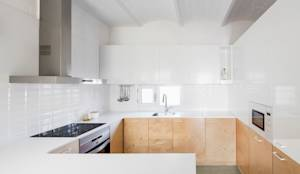 Cucina in stile in stile Moderno di vora