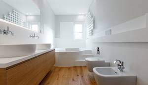 Casas de banho modernas por ARCHILAB architettura e design