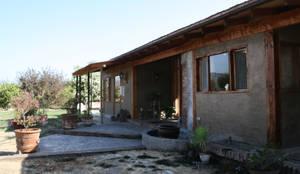 Casas campestres por ALIWEN arquitectura & construcción sustentable