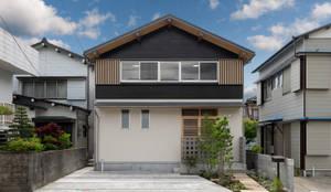 外壁、土佐杉: エニシ建築設計事務所が手掛けたtranslation missing: jp.style.家.classic家です。