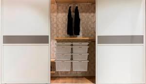 farbkollektionen f r schiebet ren por elfa deutschland. Black Bedroom Furniture Sets. Home Design Ideas