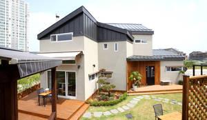 Casas de estilo moderno por 꿈꾸는목수