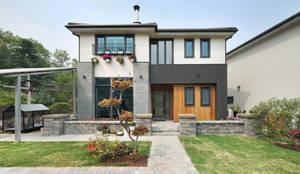 Casas de estilo asiático por 윤성하우징