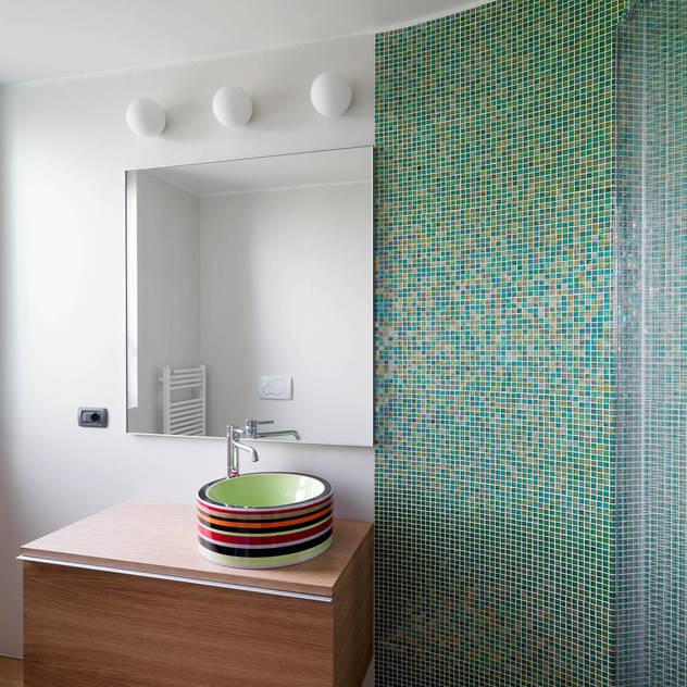 Banheiros modernos por enzoferrara architetti