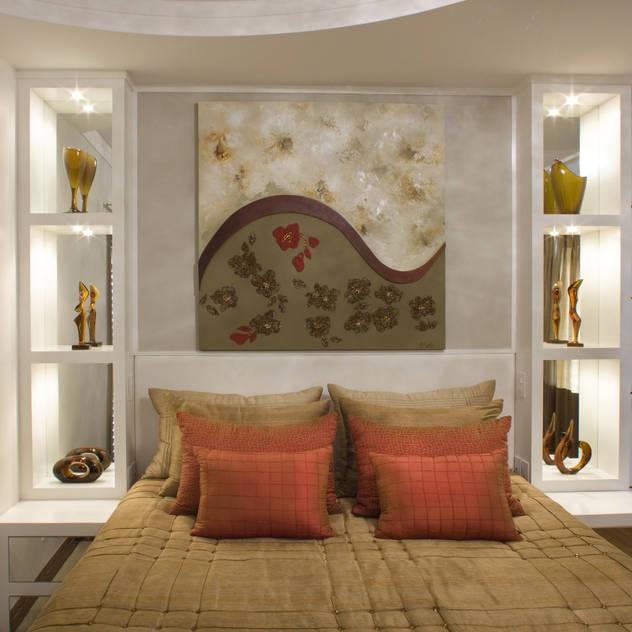 Casa Imperador: Quartos translation missing: br.style.quartos.moderno por Arquiteto Aquiles Nícolas Kílaris