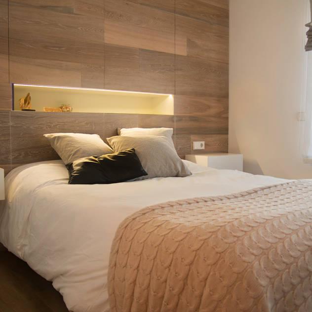 Dormitorios de estilo clásico por Gramona Interiors