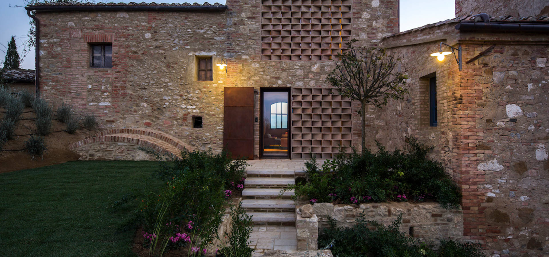 Ciclostile architettura architetti a bologna homify for Architettura in stile cottage