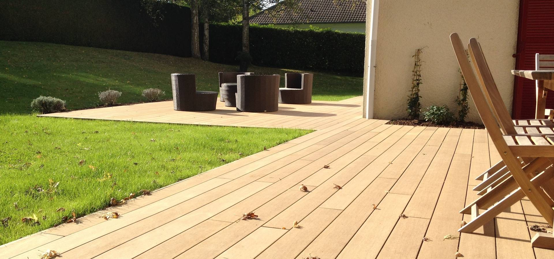 terrasse bois par deco paysage homify. Black Bedroom Furniture Sets. Home Design Ideas
