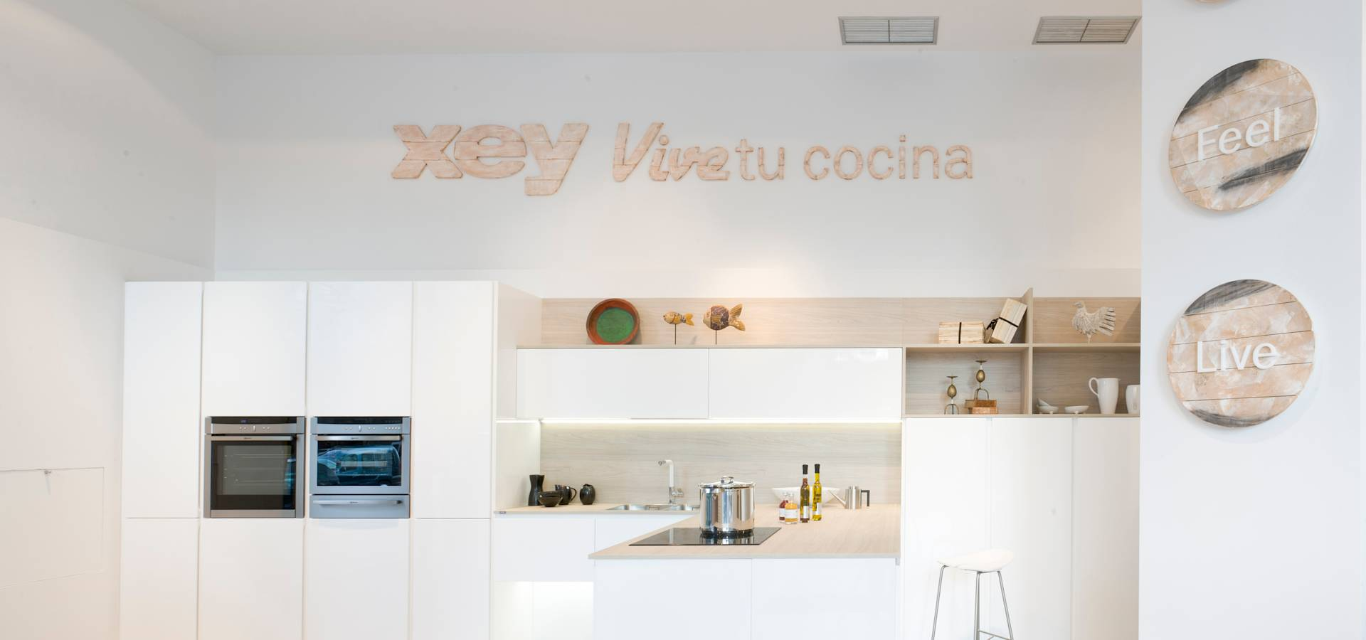 Xey corporaci n empresarial dise adores de cocinas en - Disenadores de cocinas ...