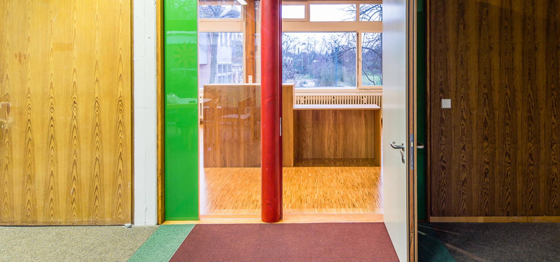ffentliche wc anlage der emmauskirche von archetrans e v. Black Bedroom Furniture Sets. Home Design Ideas