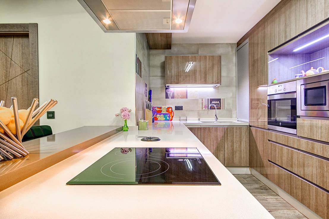Dise o de cocina laminado ceniza alto brillo con encimera - Cocinas castillo ...