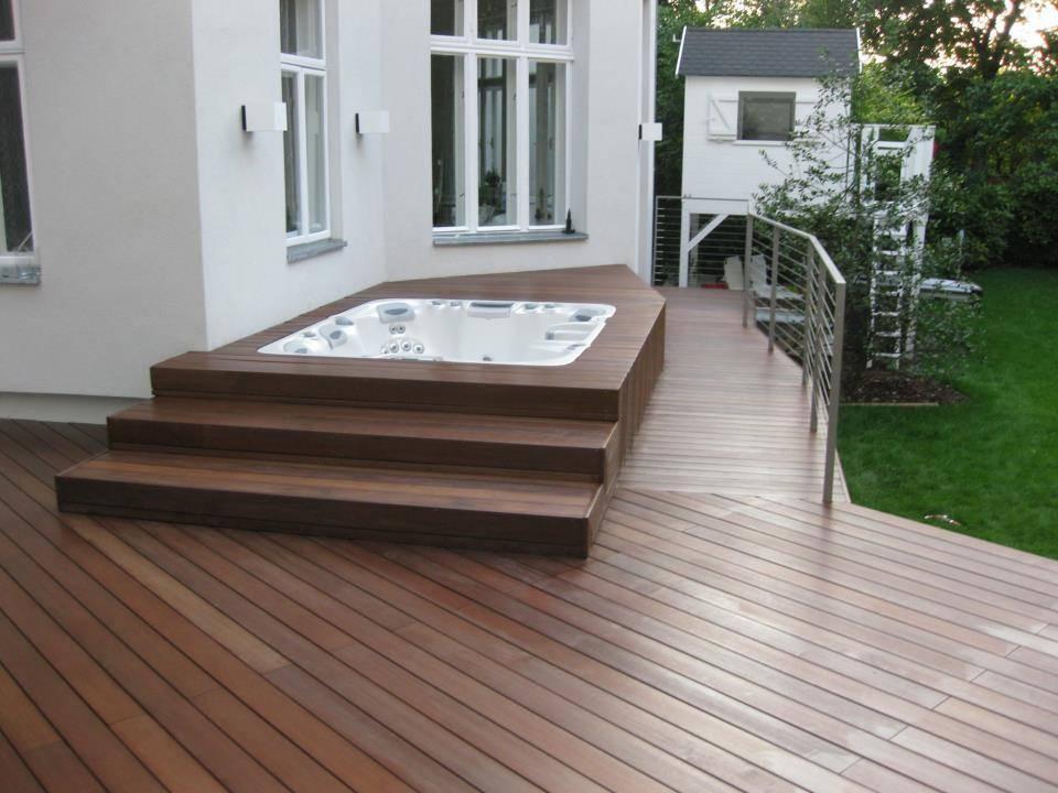 poolumrandung von bs holzdesign gmbh homify. Black Bedroom Furniture Sets. Home Design Ideas