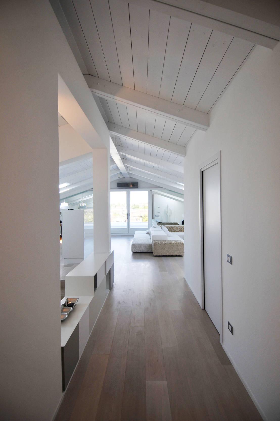 Interior design white loft treviso italy by imago for Imago design