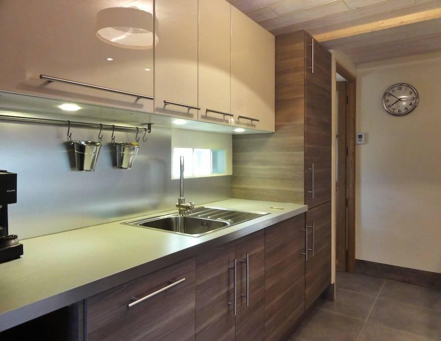 cr ation cuisine appartement 50m2 dans ancienne grange por cosyneve homify. Black Bedroom Furniture Sets. Home Design Ideas