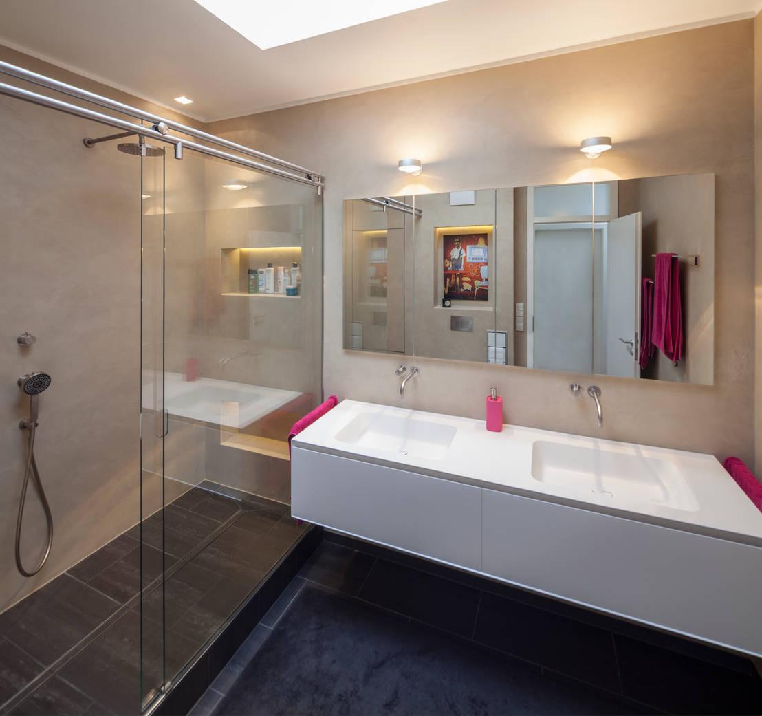 fugenloses bad mit beton cir penthouse k ln by. Black Bedroom Furniture Sets. Home Design Ideas