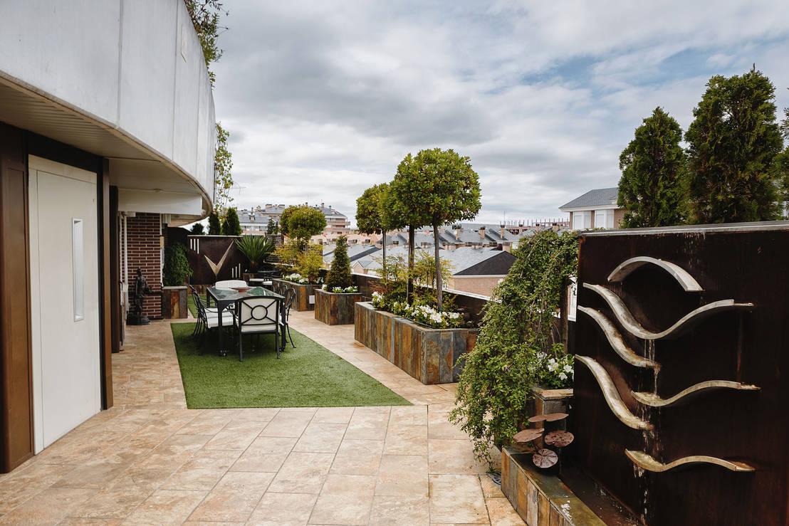 Un espacio renovado de slabon forja creativa homify - Fuentes para terrazas ...