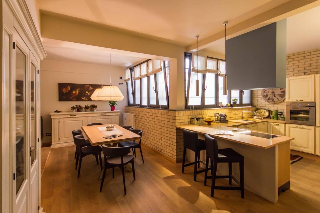 Una casa a misura di famiglia che non rinuncia allo stile for Foto di case a tre piani