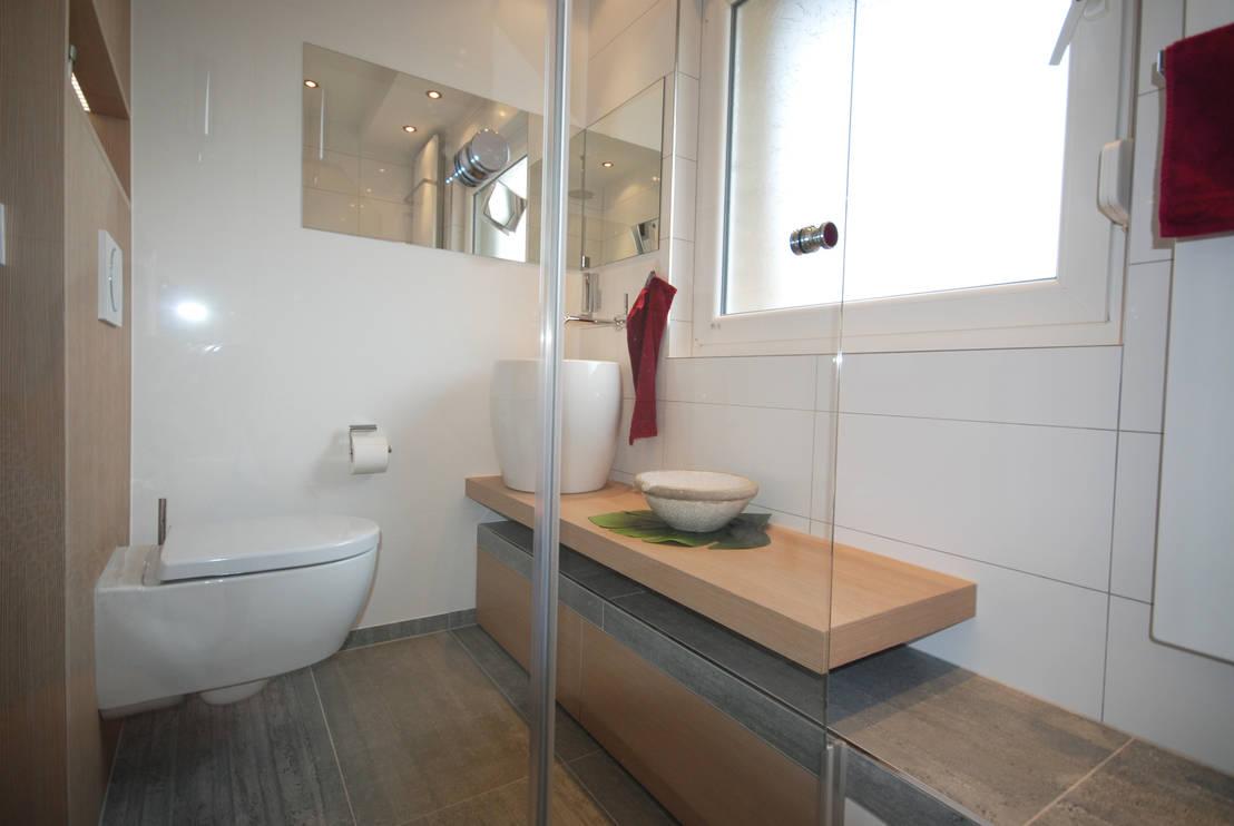 Badezimmer auf 3,8 m² by INNEN LEBEN | homify