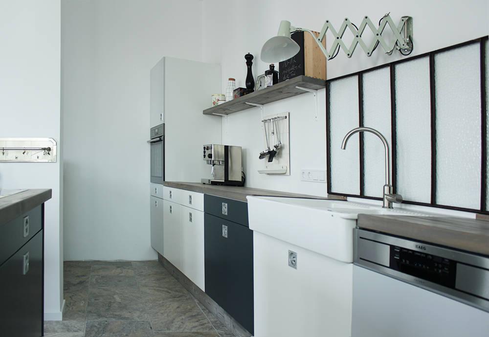 Wohnung Design. Steinwand Mehr. Wohnung Einrichten Flur Gestalten ...