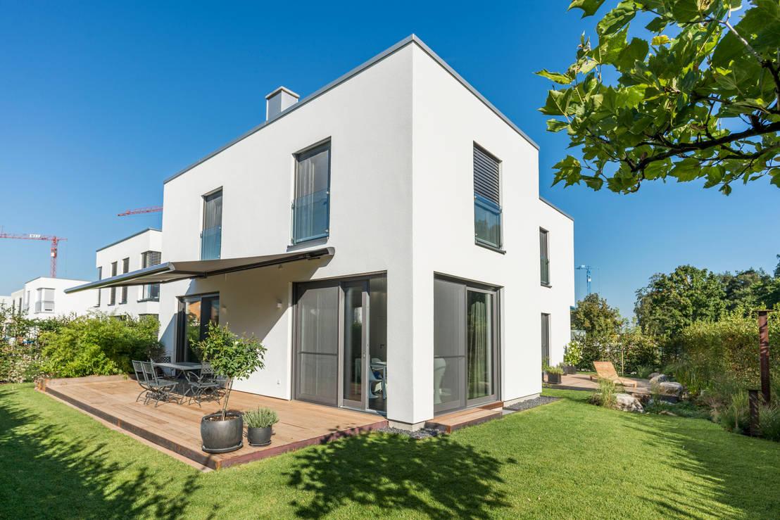 Wohnen im bauhaus stil de herzog kassel partner homify - Bauhaus iluminacion interior ...